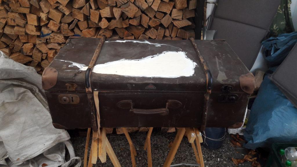 alter koffer repariert