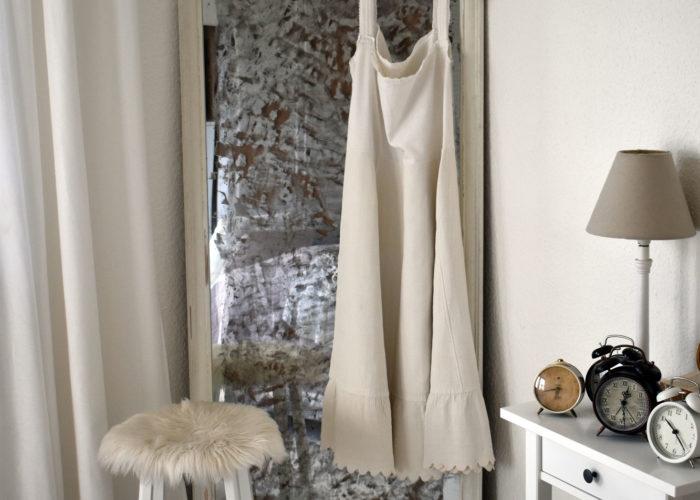 Ein neuer alter Spiegel für das Schlafzimmer