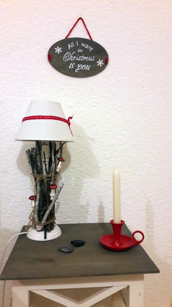 xmasdeko lampe und schild