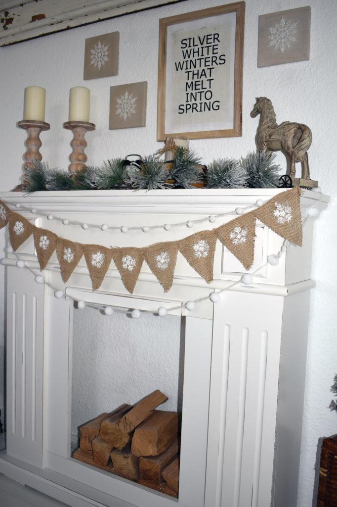 kaminumrandung winterdeko schlafzimmer landhaus