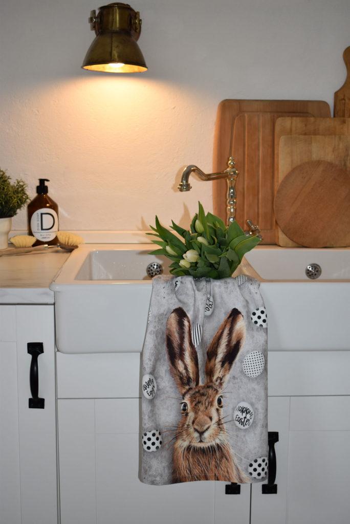 deko ostern landhaus küche blumen osterhase