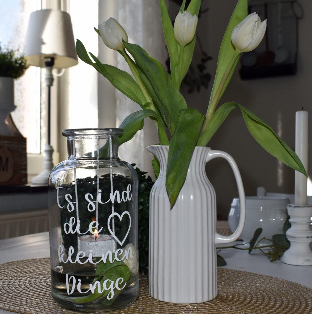 Dekoration Frühling Landhaus Blumen