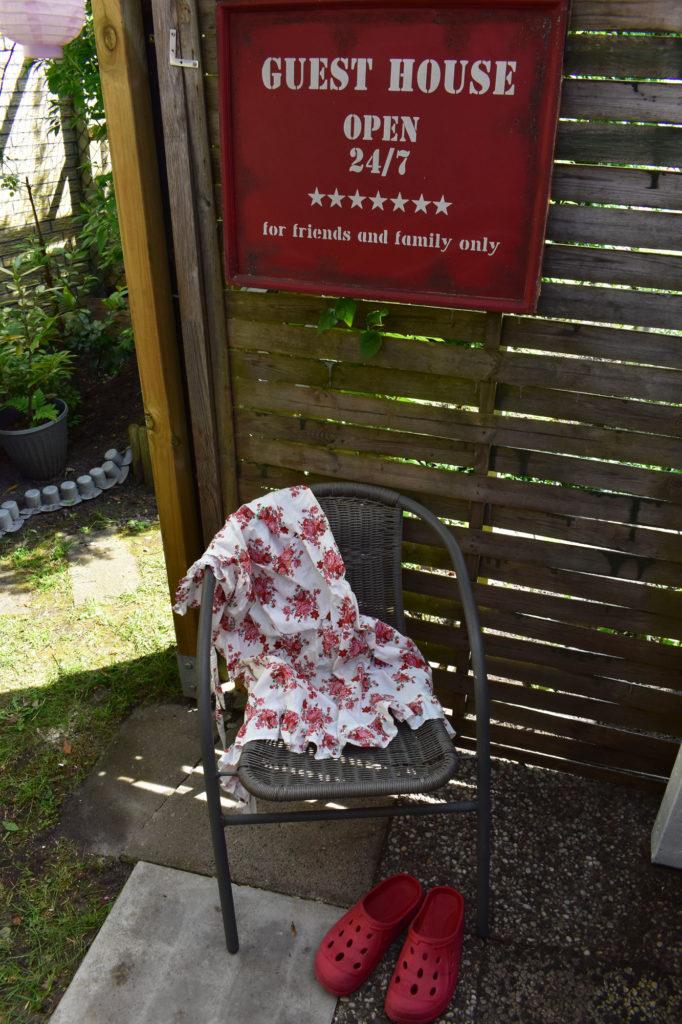 Pflanztisch upcycling Landhausgarten shabby